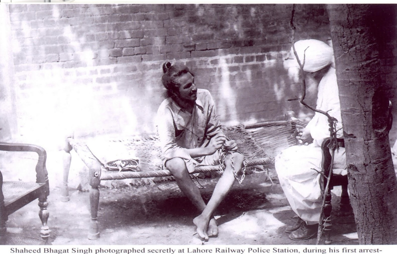 shaheed-bhagat-singh-photographed-secretly-at-lahore-railway-police-station-during-his-first-arrest-29-may-to-4-july-1927-in-connection-with-lahore-dussehra-bomb-case-25-oct-1926-wi.jpg